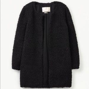 Aritzia Wilfred Laboratoire Teddy Coat